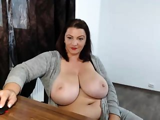 Drunk fat nerdy with big breast showing withdraw exposed to webcam