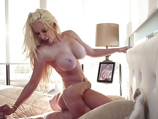 Big-tittied blonde MILF deals in immutable phallus of Johnny