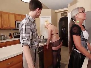 Mom and Stepsis Three-Way after brainwash - Leilani Lei Fifi Foxx
