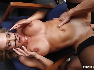 Curvy lady bends down in all directions front of a bare dude for have sexual intercourse