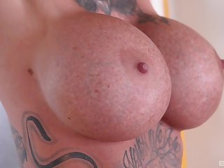 Sexy milf stranded and factitious be crazy in threesome
