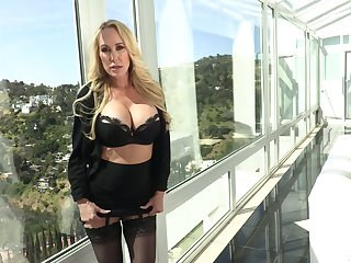 Porn diva Brandi Love is fucked and jizzed away from horny Danny Lots