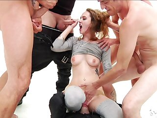 Deepthroat and face going to bed gangbang for amazing Samantha Hayes