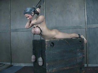 Massive tits Alyssa Lynn enjoys friend's sex toys until she cum