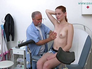 Alloy Plays With Cute Darkhaired Babe's Twat