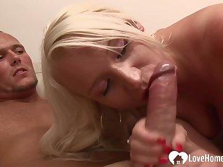 Blond Hair Girl Stepmom Gets A Nice Raging sex