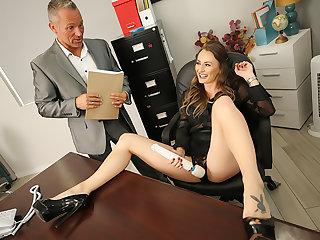 Big knockers boss Natasha Starr fucks her progressive employee