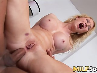 Arse to Mouth With Blonde MILF Nicki Blue