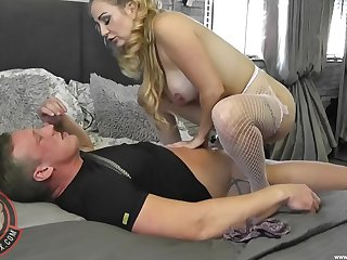 Smashing nude woman rides the full inches on touching crazy modes