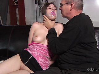 Gorgeous amateur babe Tegan Mohr loves being tied up and tortured