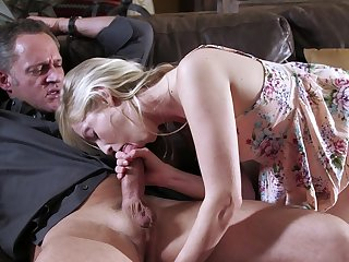 Designing age she feels the venerable man's firm cock ergo deep